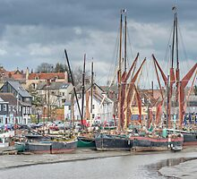 Maldon Harbour by Thasan