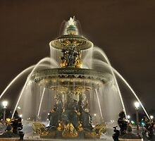 Fountain Splendour by Richard Murias