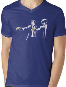 PULP FICTION BANANA. Mens V-Neck T-Shirt