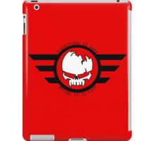 """Gym/Gaming Motivation Gear """"Everything Is Hard Before It Is Easy"""" Coat Of Arms iPad Case/Skin"""