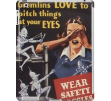 Gremlins Love To Pitch Things At Your Eyes iPad Case/Skin