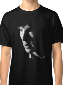 The Detective who Consults Classic T-Shirt