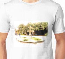 Castel Gandolfo: fountain in garden of the Villa Barberini Unisex T-Shirt