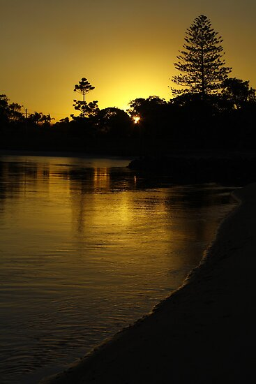 Coffs Creek Sunset by SharronS