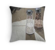 """""""Shakers in the spotlight"""" Throw Pillow"""