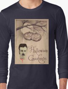 Just Hanging Around (Vintage Halloween Card) Long Sleeve T-Shirt