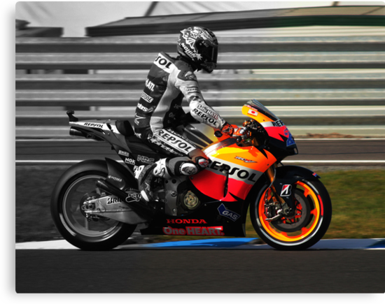 Casey Stoner 2011 - Making history by Daniel Sherwood