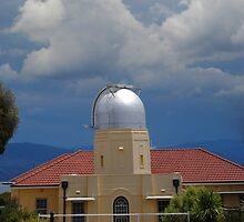 Storm coming to Mount Stromlo by peterhau