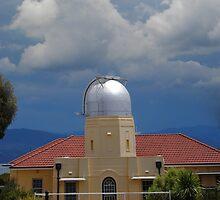 Storm coming to Mount Stromlo by peterhau