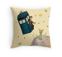 doctor who meets the little princes Throw Pillow
