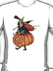 Queen Reaper (Vintage Halloween Card) T-Shirt