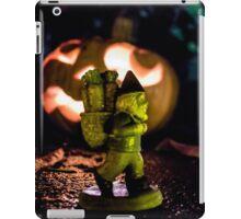 Night Walk Roy iPad Case/Skin