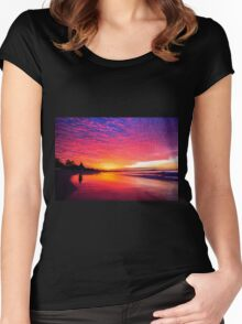 Noosa Sunset Women's Fitted Scoop T-Shirt