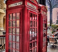 London Nostalgie - Hays Galleria Aug 2015 by SandraRos