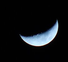 Crescent Moon by heatherjstewart