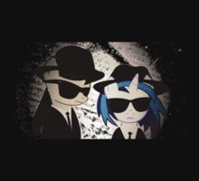 Vinyl Scratch and Octavia