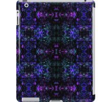 Organic Symmetry: Cool Berry Fractals iPad Case/Skin
