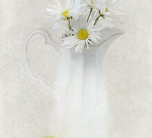 Lemon Zest by Robin-Lee