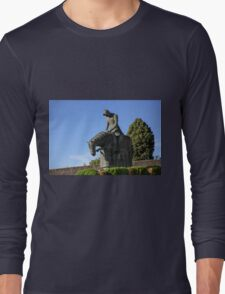 Statue of St Francis of Assisi turning back from crusade T-Shirt