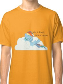 Rainbow Dash Chilling On a Cloud Classic T-Shirt