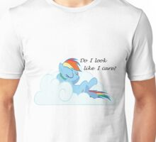Rainbow Dash Chilling On a Cloud Unisex T-Shirt