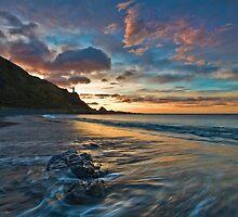 Kirikiri Bay by Ken Wright