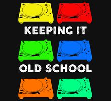 OLD SCHOOL TECHNICS Unisex T-Shirt