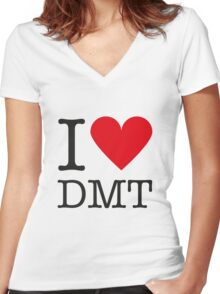 I love DMT Women's Fitted V-Neck T-Shirt