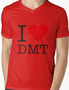 I love DMT Mens V-Neck T-Shirt