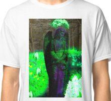 She looks like an Angel- Green Classic T-Shirt
