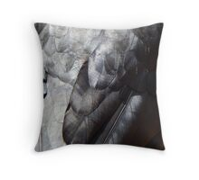 Raven black Throw Pillow