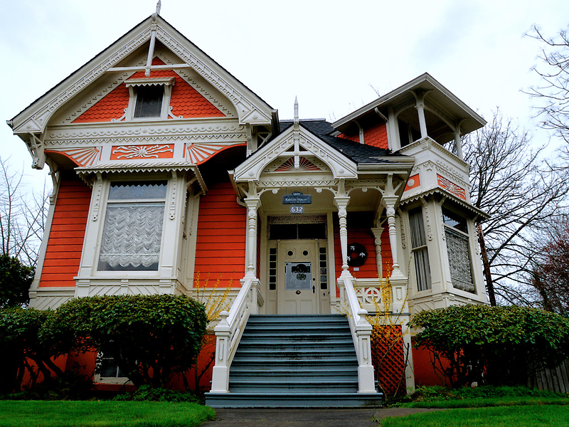 Ralston House 1889 by Charles & Patricia   Harkins ~ Picture Oregon