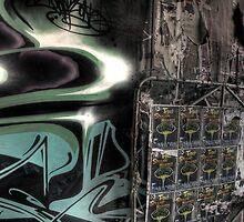 Hello John gotta new spray can...... by Nic Cocker