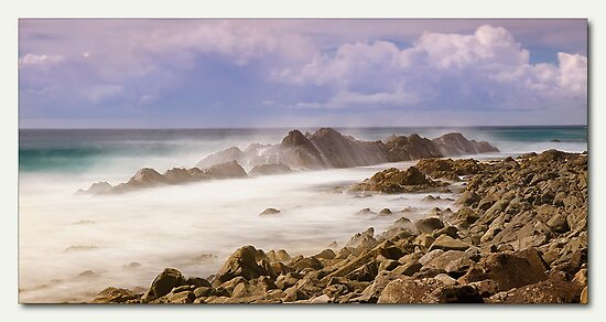 Misty Rocks Forster  by kevin chippindall
