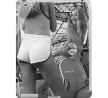OVERFIFTEEN GIRLS LOVE VESPAS iPad Case/Skin