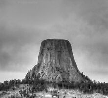 The mighty rock in the middle of nowhere by Erykah36