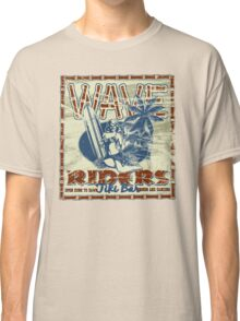 wave riders tiki bar Classic T-Shirt