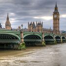 Westminster Bridge by Thasan