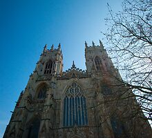 York Minster from the front by Picturfine