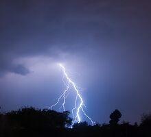 Lightning Split by Marc  Rossmann