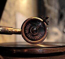 Gramophone by mrivserg
