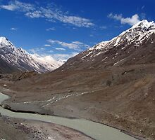 The Chandra River in the Lahaul Valley by SerenaB