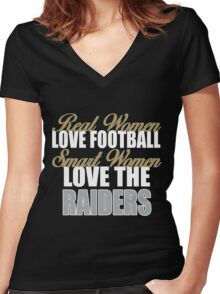 Real Women Love Football Smart Women Love The Raiders Women's Fitted V-Neck T-Shirt