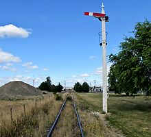 railway signal by Anne Scantlebury