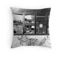 8 Panes Throw Pillow
