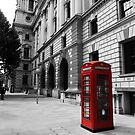 Phone booth London by gleekfr