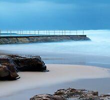 Bulli, on the rocks by Scott Weeding