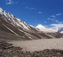 Snow in the Lahaul Valley by SerenaB