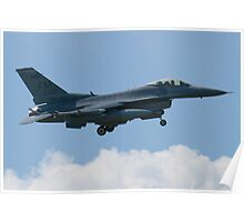 Side Shot FM AF 86 0337 F-16C Fighting Falcon Approach Poster