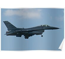 FM AF 88 0410 F-16C Fighting Falcon Approach Poster